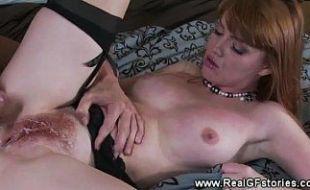 Sexo com ruiva peludinha atrevida gostosa
