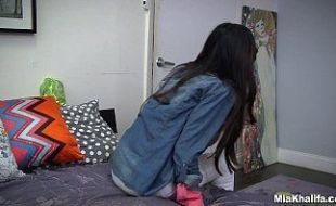 Ultimo video porno da atriz Mia Khalifa antes de se aposentar
