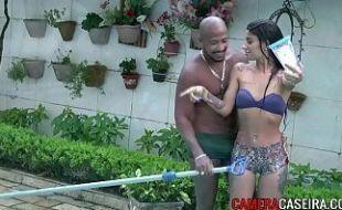 Cadela em xvideos incesto brasil metendo com o primo