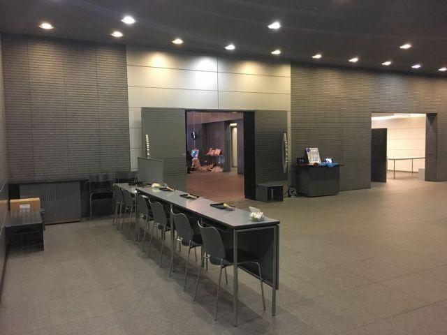 横浜市北部斎場・ホール・メモリアルコーナー風景