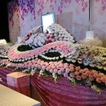 横浜市北部斎場・ご葬儀・お葬式・生花祭壇BLUE施工事例