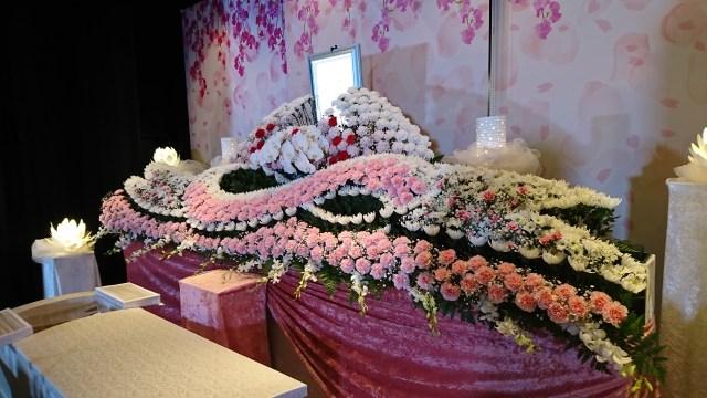 横浜市北部斎場・ご葬儀・お葬式・生花祭壇MOTHER施工事例