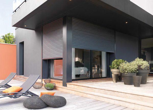 volets roulants cagnes sur mer volet aluminium. Black Bedroom Furniture Sets. Home Design Ideas