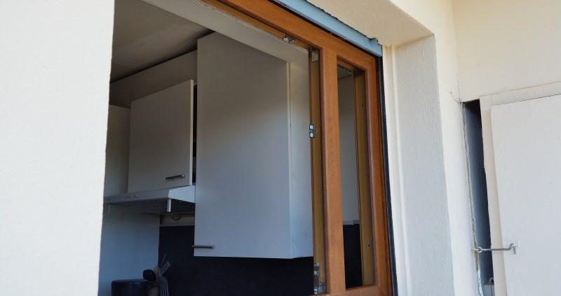 R novation de fen tres bois pour pvc antibes assis 39 stores for Renovation fenetre bois