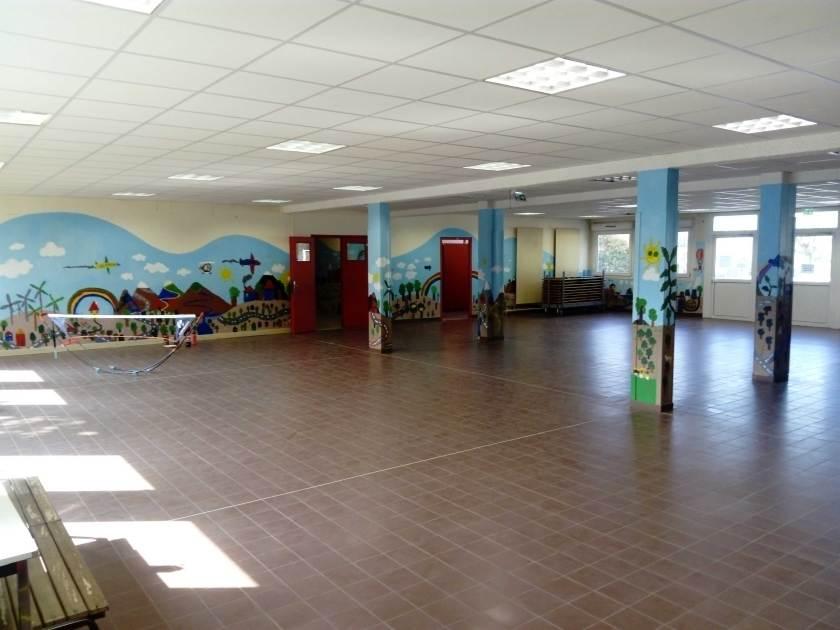 Fresques à l'école Simone Signoret