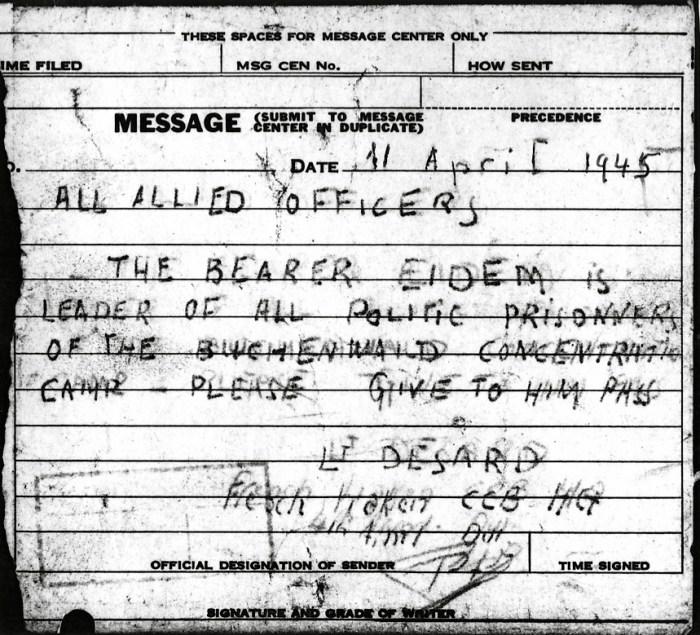 Photographie d'un document manuscrit du Lieutenant DESARD à tous les officiers alliés, le 11 avril 1945 © AFBDK