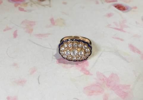DR2091 Vintage Enamel and Diamond Cluster Ring, 14K Yellow Gold