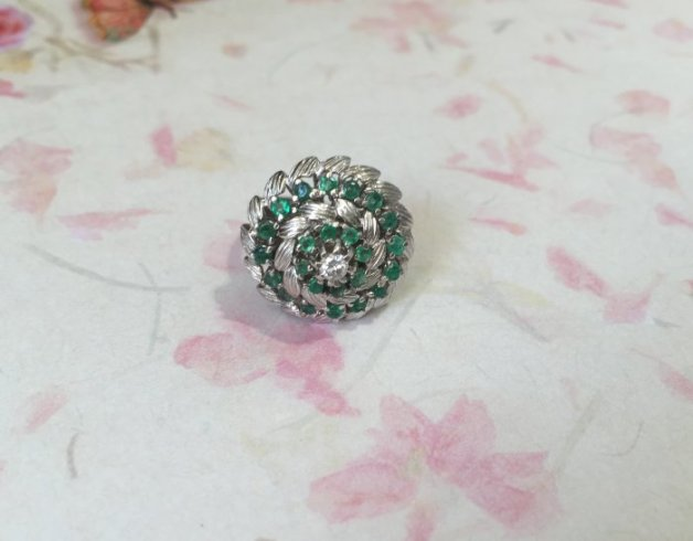 DR2616 Vintage White Gold Emerald Ring