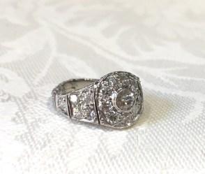 DR 2668 18K Flexible Link Diamond Ring