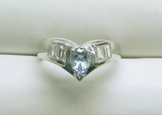 dr-2464 Aquamarine & baguette diamond 14K white gold ring