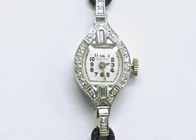 lvw-201 Ladies platinum Swan watch
