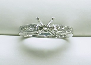 sb-3024 Engagement Ring with baguettes & round diamonds, 18K white gold
