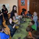 Atelier bombe à graine école primaire