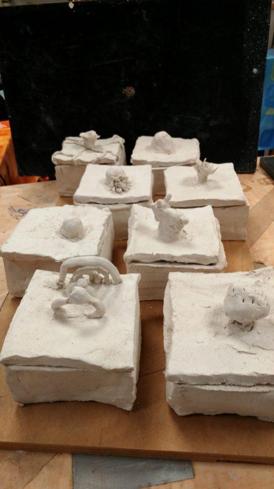 poterie-terre-cuite-argile-enfants.jpg