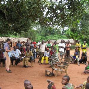 réunion avec habitants de N'gola