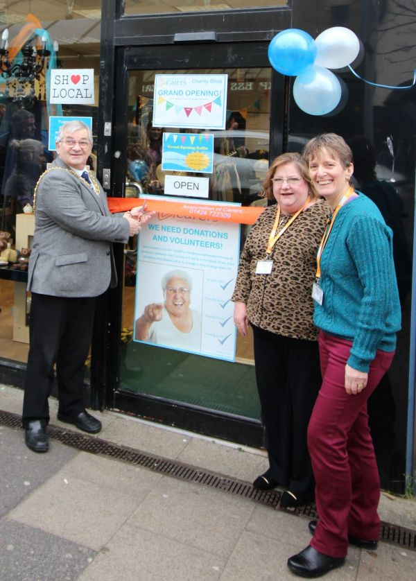 Hastings Mayor Cutting the shop ribbon