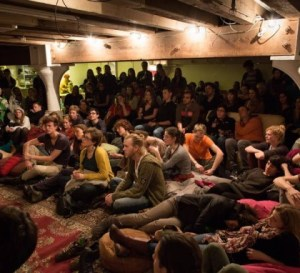 A storytelling night in the basement|foto Mezrab