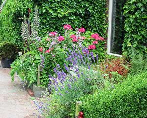 Загородный или деревенский стиль в ландшафтном дизайне