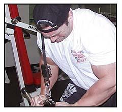Jeff Willet Max-OT tricep press downs