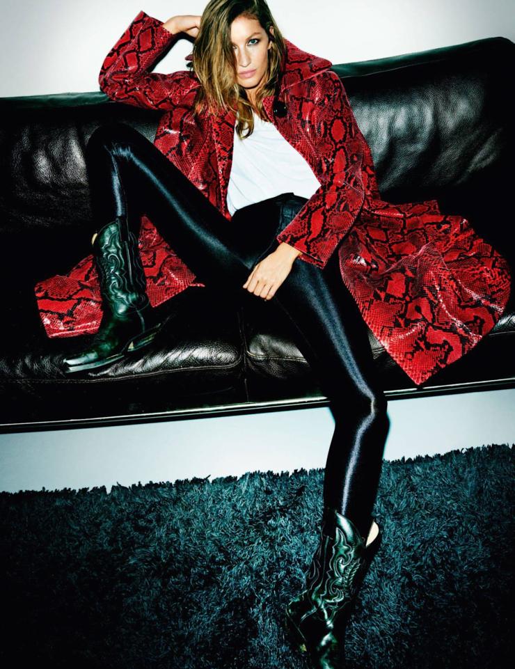 Gisele – by Mario Testino for Vogue Paris