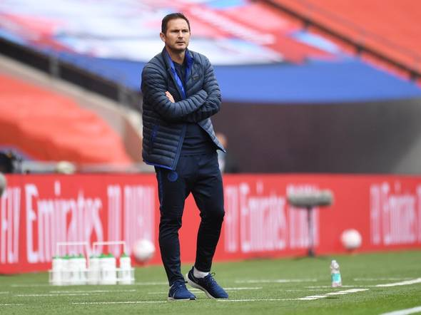 Frank Lampard is looking for a holding midfielder