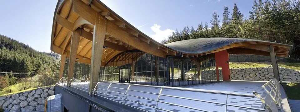 Bodegas Talleri- Las casas rurales de Ea Astei, parque natural de Urdaibai, País Vasco