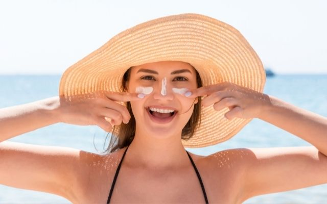 How to take care of your skin this summer with 5 beauty tips by A Stellar You Montreal Lifestyle blogger
