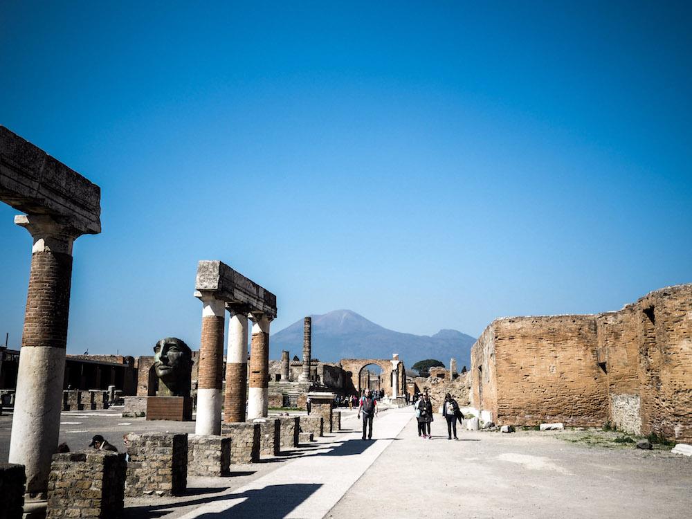 How To Visit Pompeii