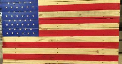 DIY American Flag Pallet