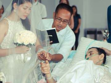 Hazzy and Liezel Go during the actual wedding ceremony at PGH last June