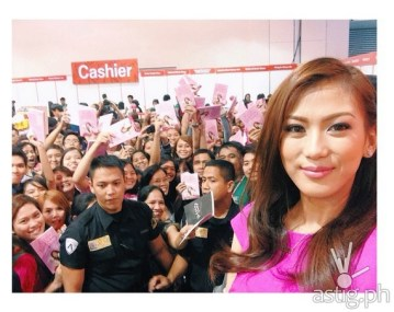 "Alex Gonzaga at the launching of her book entitled ""Dear Alex, Break na Kami. Paano?! Love, Catherine"""