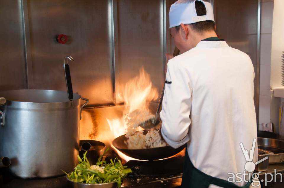 Sweet Chili cook in action: cooking fried rice