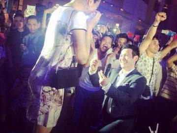 John Prats proposes to Isabel Oli in front of a flash mob, compelte with LED video and fireworks