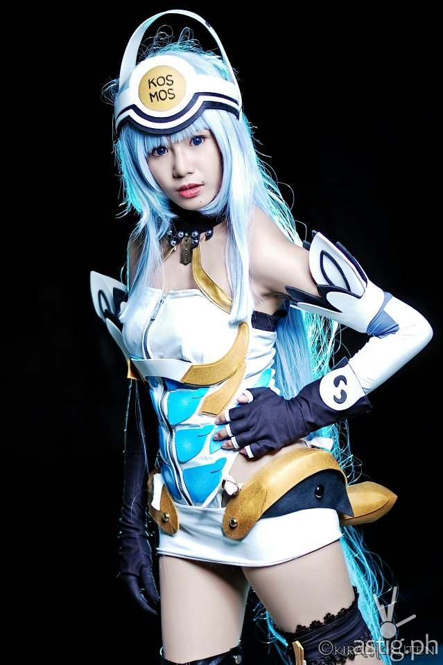 Myrtle Sarrosa as Kosmos from Xenosaga
