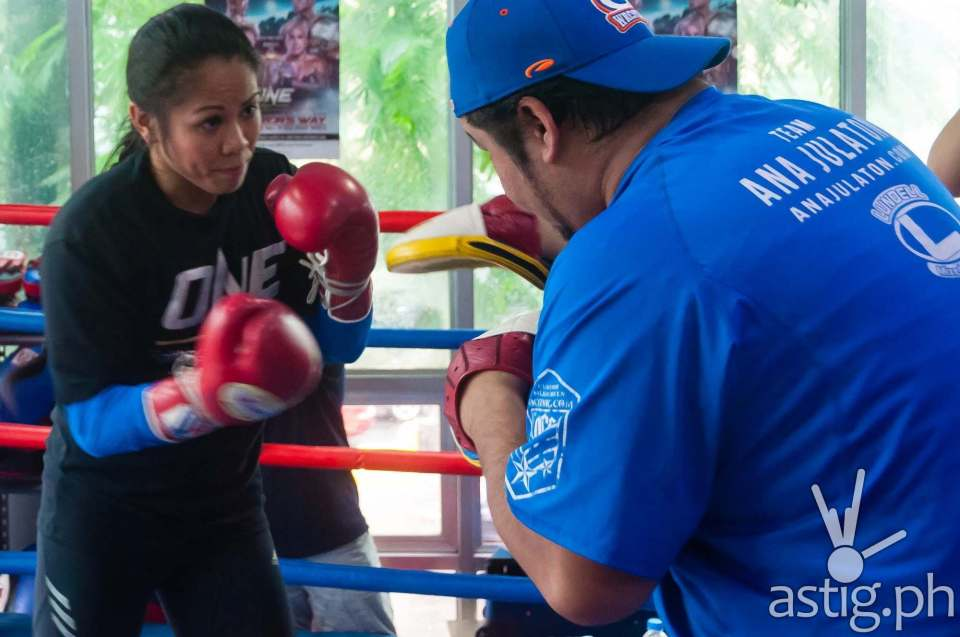 "Ana ""The Hurricane"" Julaton at the ONE FC: Warrior's Way open workout in Taguig City, Philippines"