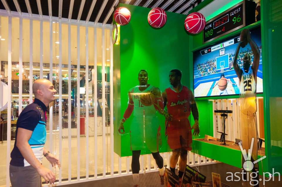 Kiosk outfitted with Microsoft Kinect at the Globe Telecom GEN3: Next Act store in SM North EDSA