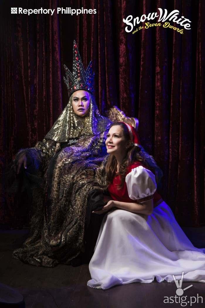 Bituin Escalante (Queen), Christine Flores (Snow White)