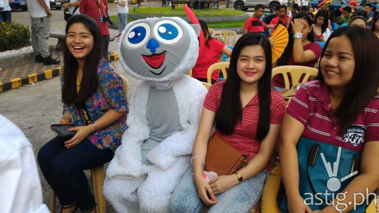 Blumr Mascott with Adamson Students