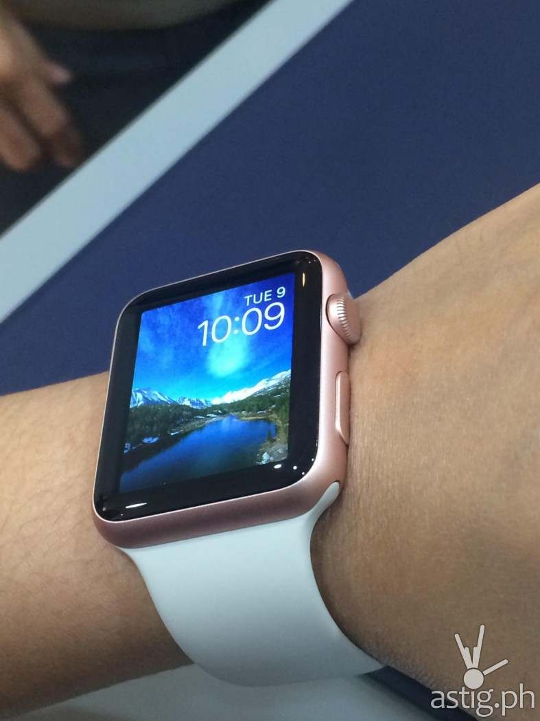 Apple Watch is available in the Philippines at Power Mac Center