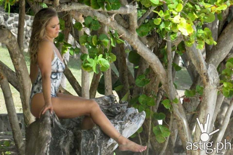 Ronda Rousey leaked nude body paint photo shoot for Sports Illustrated