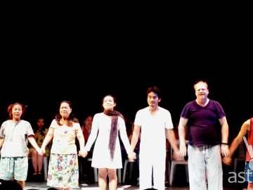 Cast: Ina Azarcon-Bolivar, Peewee O'Hara, Chase Salazar, Al Gatmaitan, Mark Mckeown and Ahmed Maulana