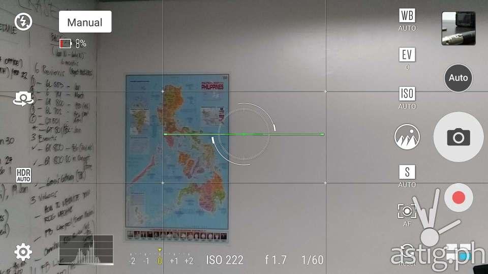 ASUS Zenfone 3 Zoom PixelMaster manual camera interface (normal zoom)