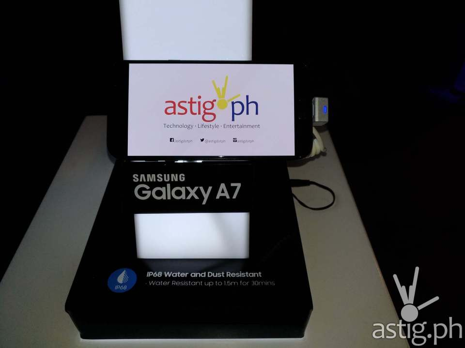 Samsung Galaxy A7 (2017) Philippine edition