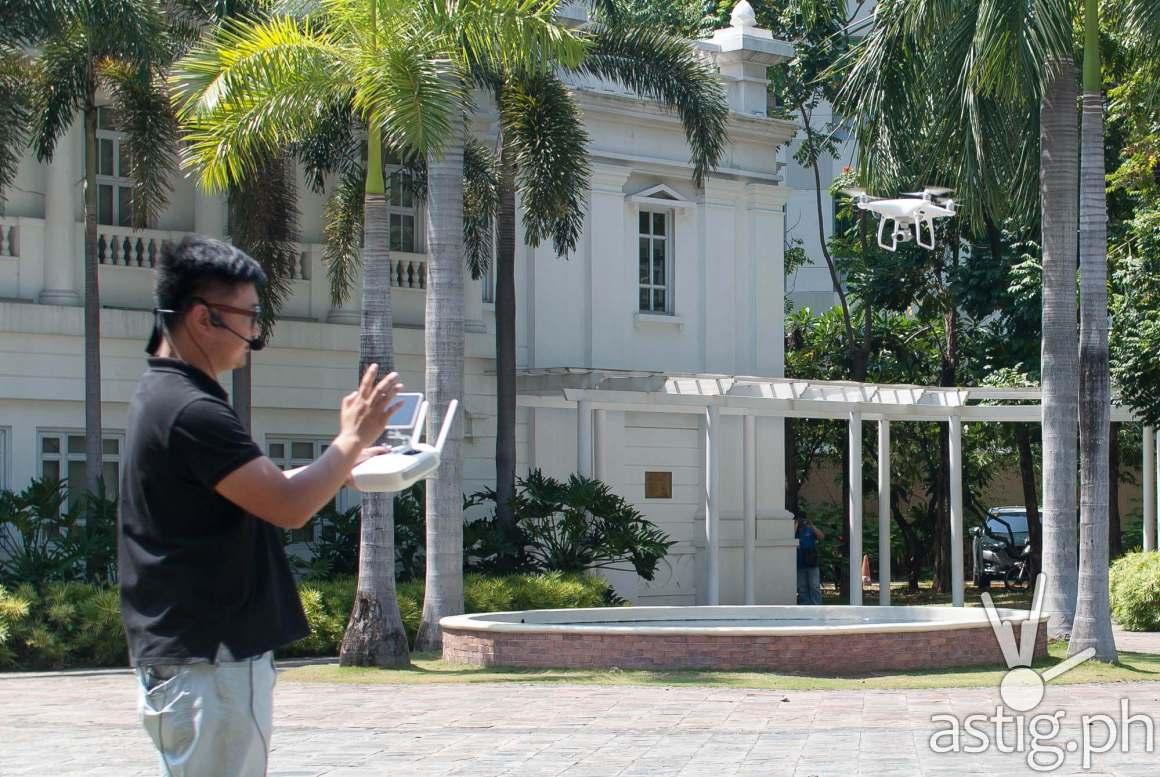 Demonstration of the DJI Phantom aerial drone