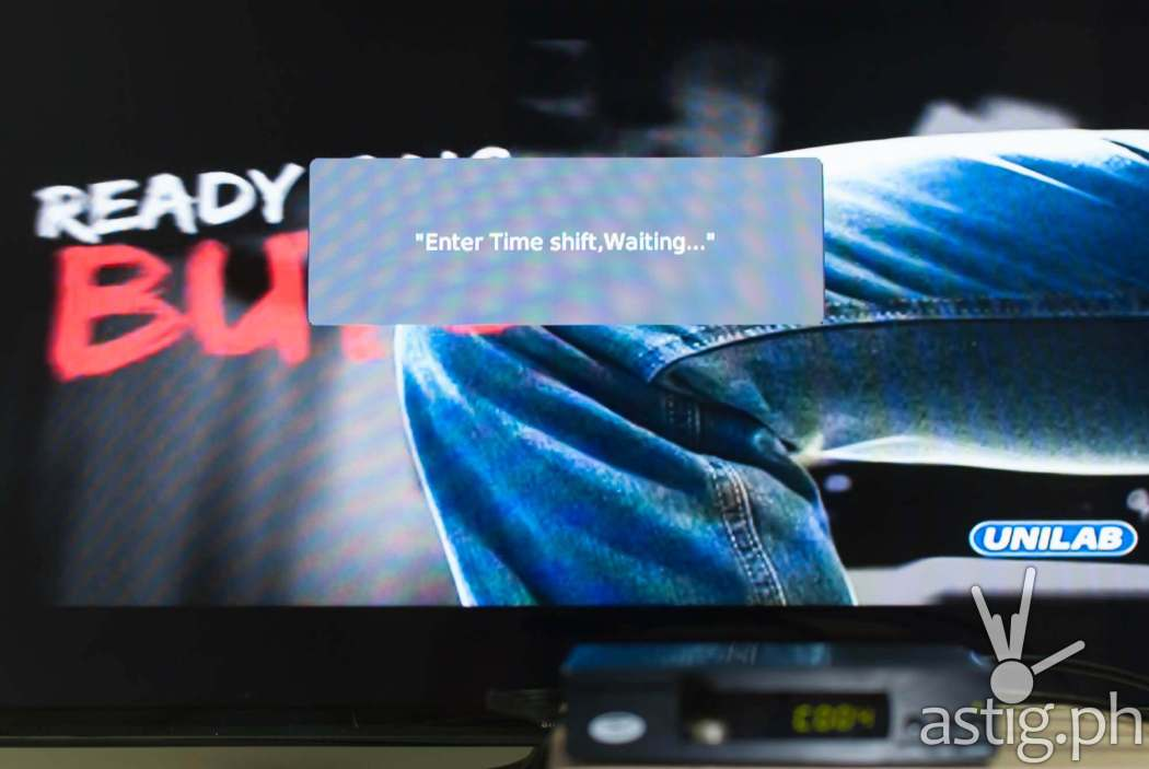 Pause live TV shows using the time shift feature - WOW! TV Box