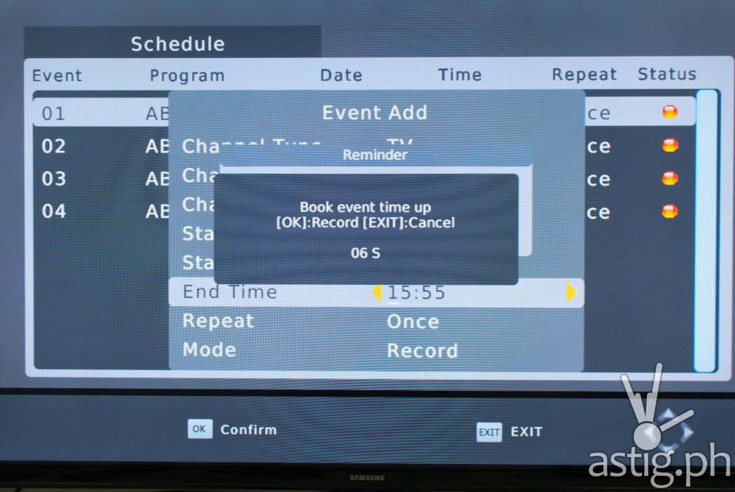 A message box will automatically pop up a few seconds before a scheduled recording - WOW! TV Box