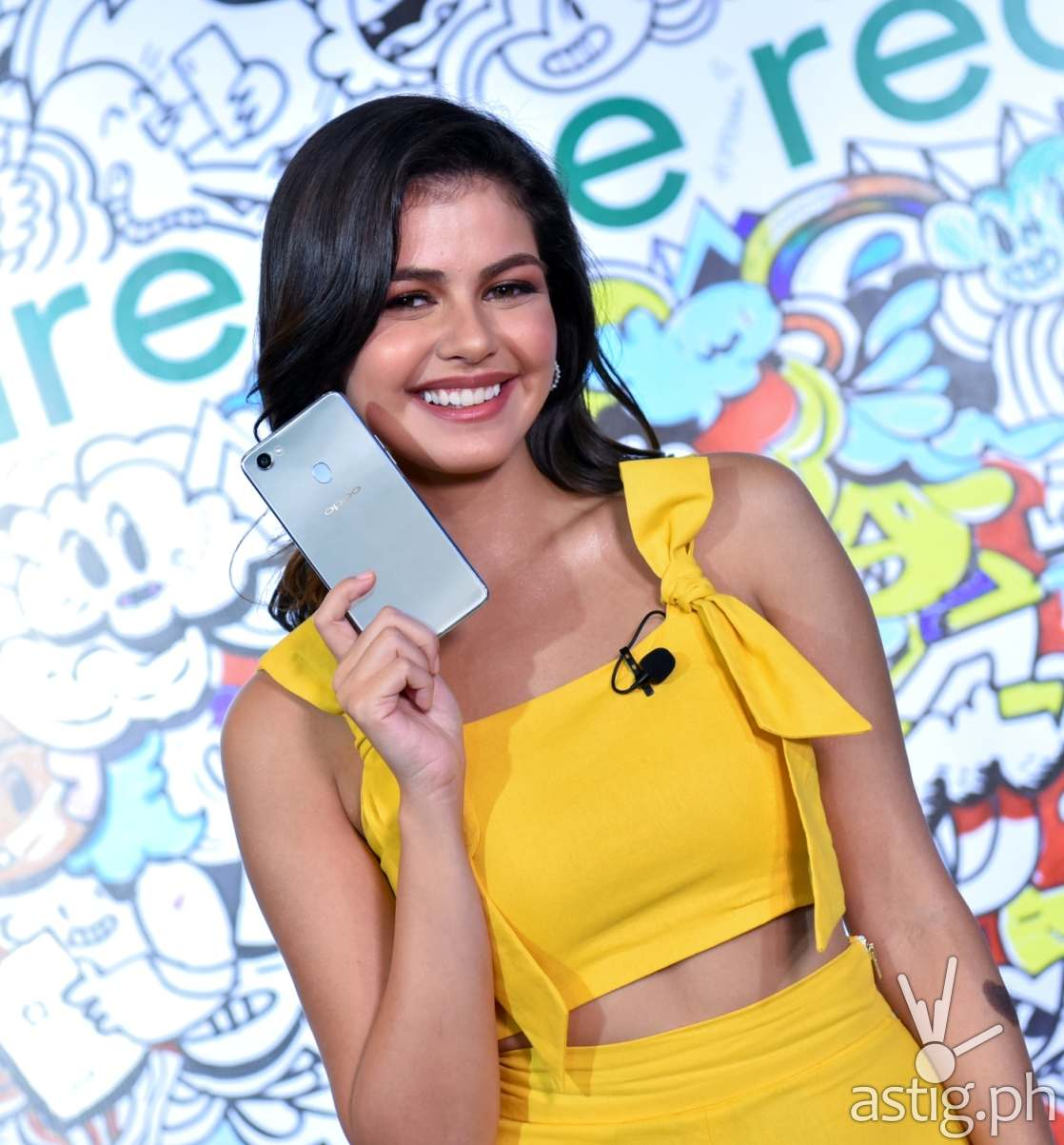 Janine Gutierrez showcases the OPPO F7