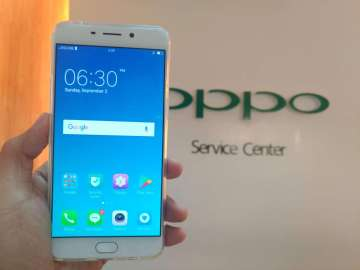 OPPO F1 Plus taken inside OPPO Service Center