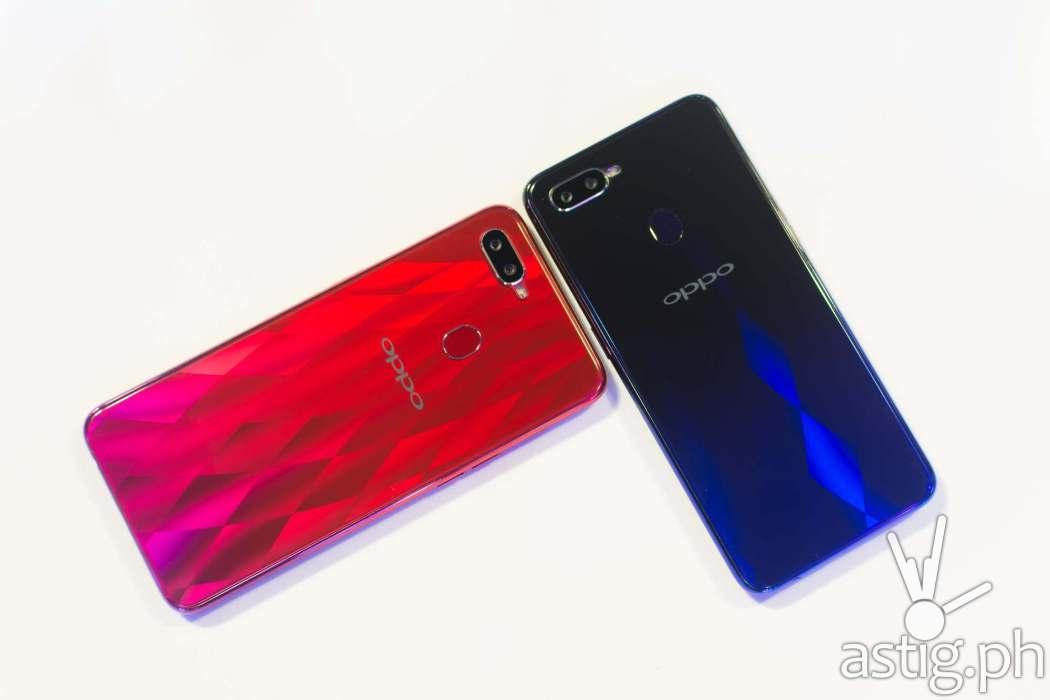 OPPO F9 Sunrise Red and Twilight Blue