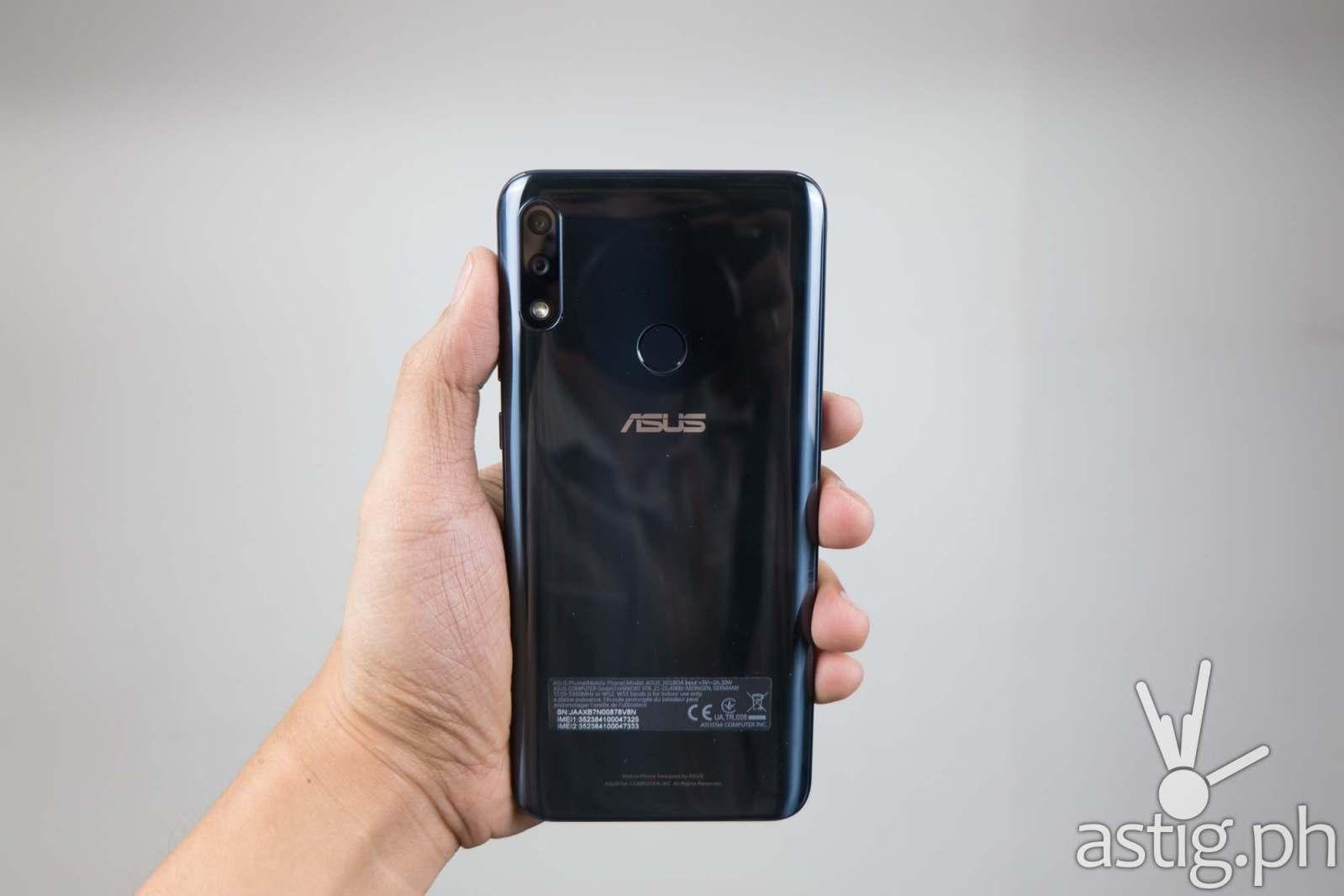 ASUS ZenFone Max Pro M2 (Philippines) back handheld
